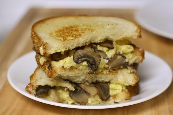 Грибні бутерброди